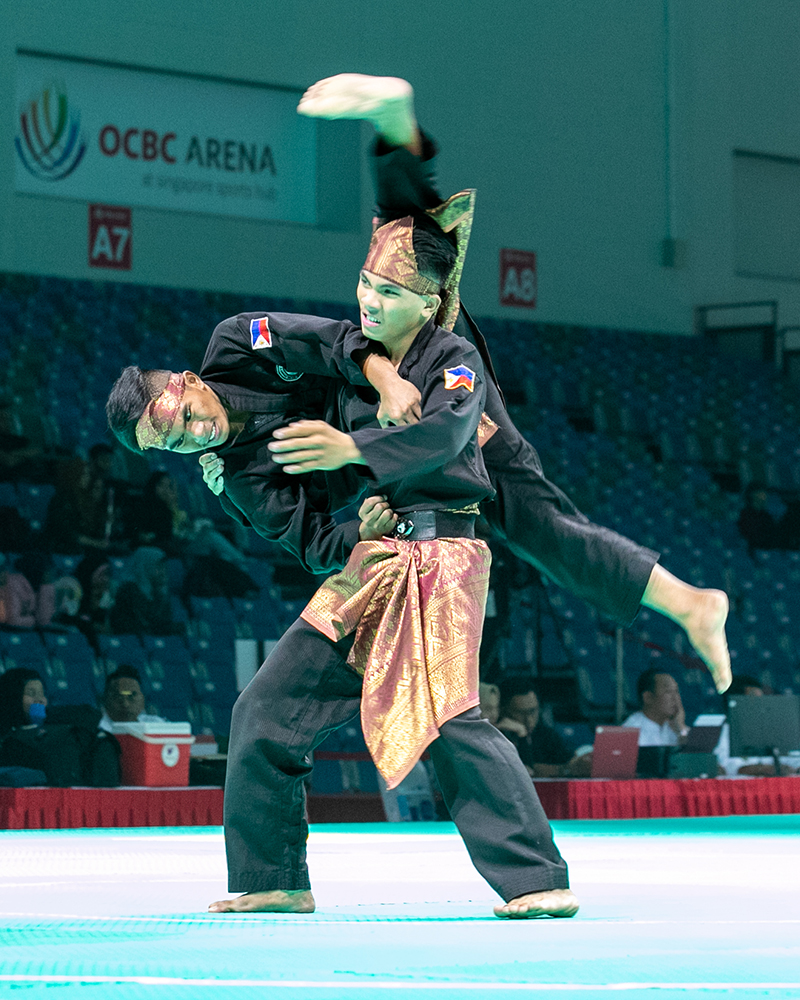 2018 World Pencak Silat Championship - Seni - Male Doubles - Finals - Singapore Sports Hub, OCBC Arena, Singapore - December 13, 2018 - Almohaidib Abad and Alfau Abad (PHI) in action. Photo by Daryl Yeo/SportSG