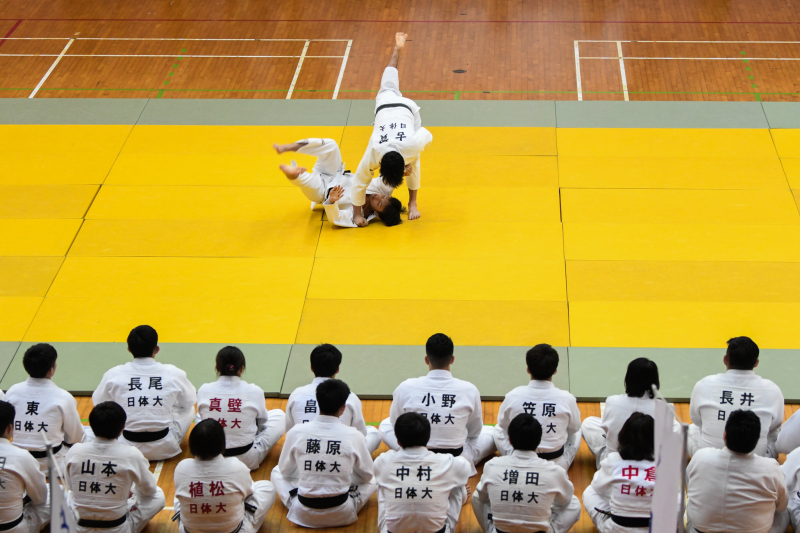 Japanese martial artists demonstrate different ways of tackling their opponents on the mat. Photo by Knight Ong/SportSG