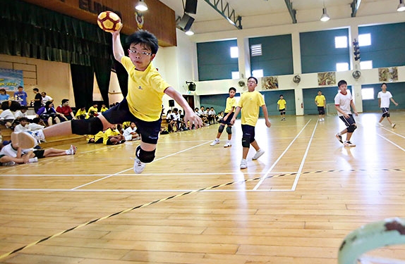 SPHF tchoukball Photo: SPH Foundation